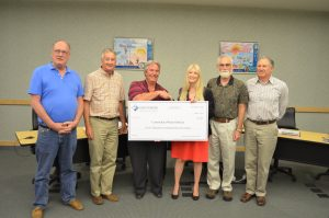 April 20, 2015 – Carmichael Water District Receives Refund Award from Joint Powers Insurance Authority